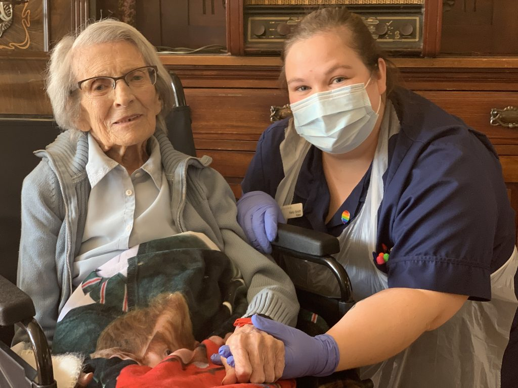 Connie Titchen is the oldest person in the UK to have overcome coronavirus. Here she is with a nurse at City Hospital who cared for her during her stay.